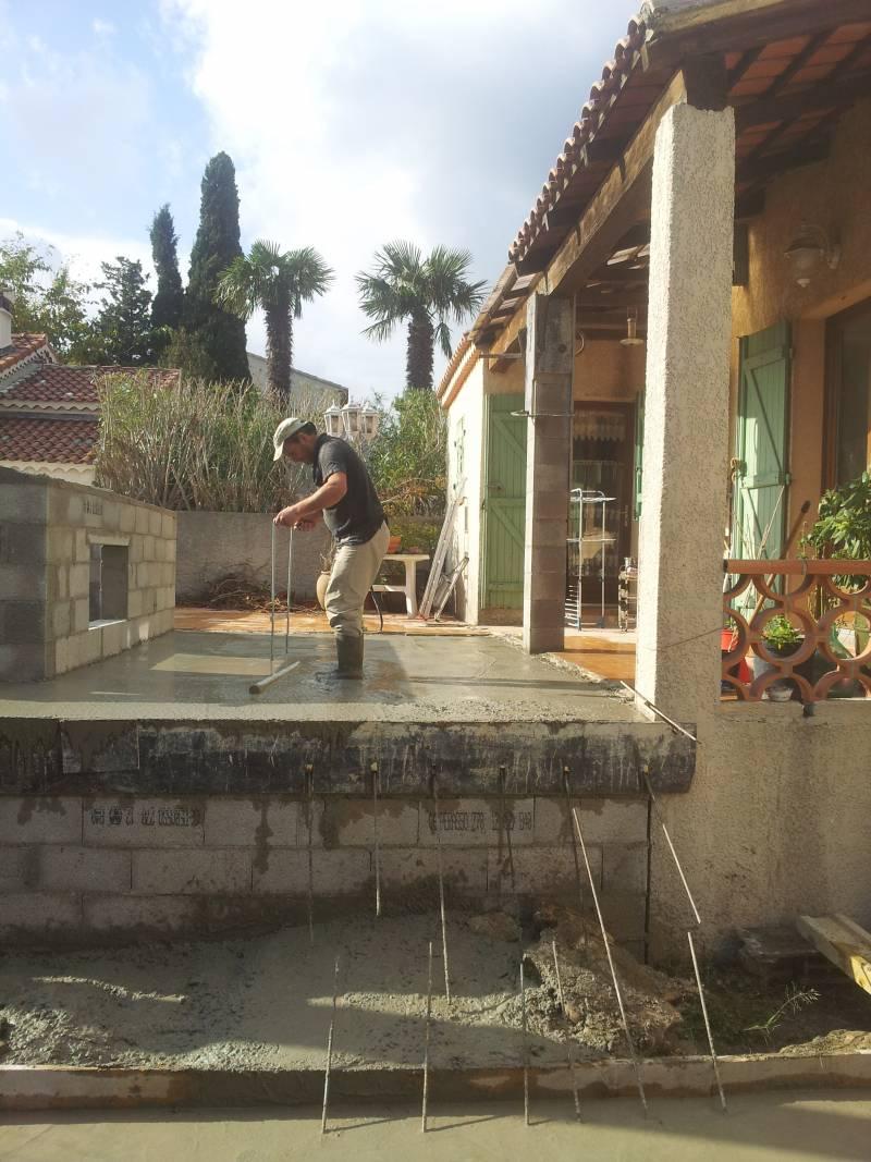 Construction abri jardin et agrandissement terrasse au for Construction jardin